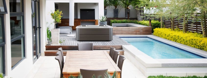 4 Hot Tub Landscaping Ideas for Any Budget