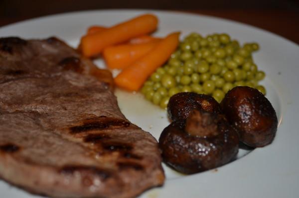 steakhouse mushroom dinner