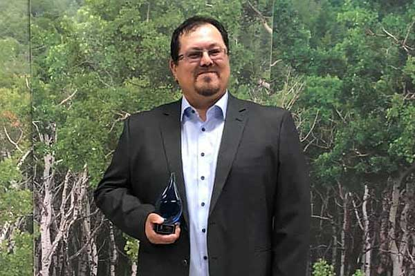 Kevin Roberts received the 2019 facility operations award.