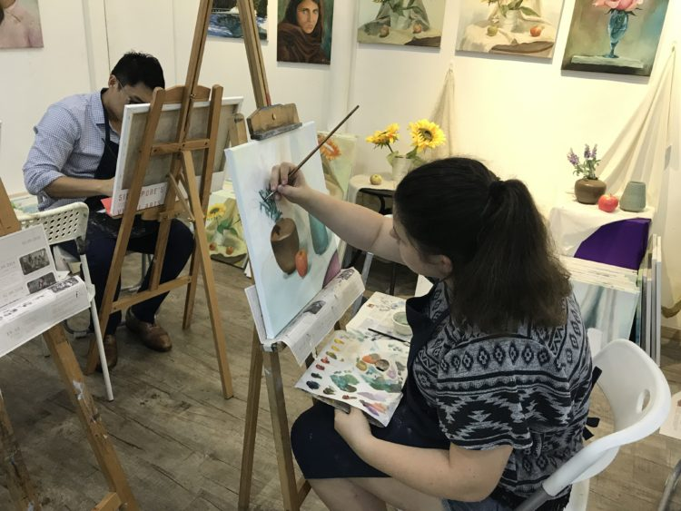 learn oil painting singapore at visual arts centre, great studio ambience, best oil painting course in singapore