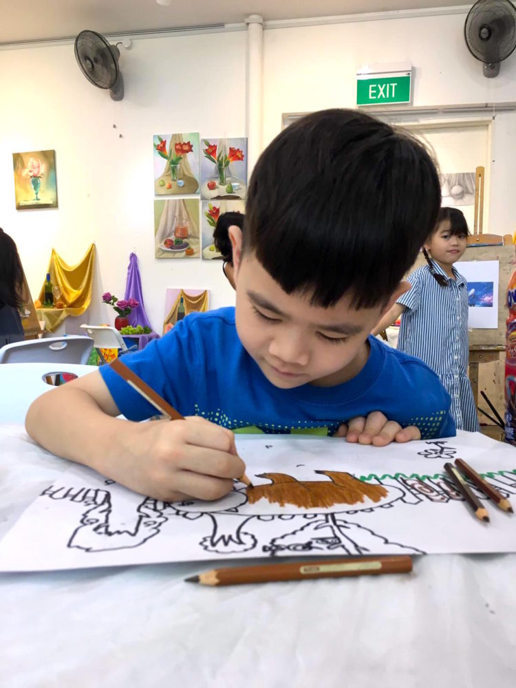 Kids colour pencil drawing course in Singapore, Creative Kids Art Immersion Course at Visual Arts Centre