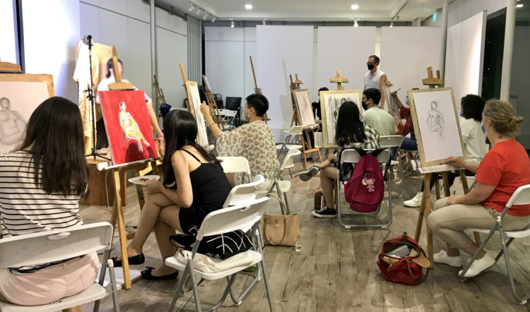 Nude_Life_Drawing_Singapore_Visual_Arts_Centre_Learn_figure_drawing