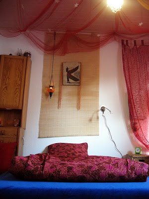 Decorated the room with the hanging wall frame or indian painting