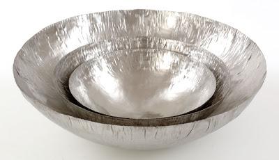 Hand-raised stainless steel bowls - Mann-made design