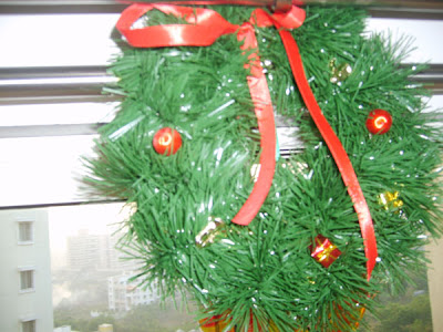 Tutorial on how to make Christmas wreath