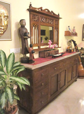 Maram on the keybunch home of Sheila and Krishna Bari, antique, real wood furniture indian designs