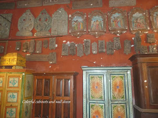 Shopping for Antiques, Fort Kochi, Jewish Street