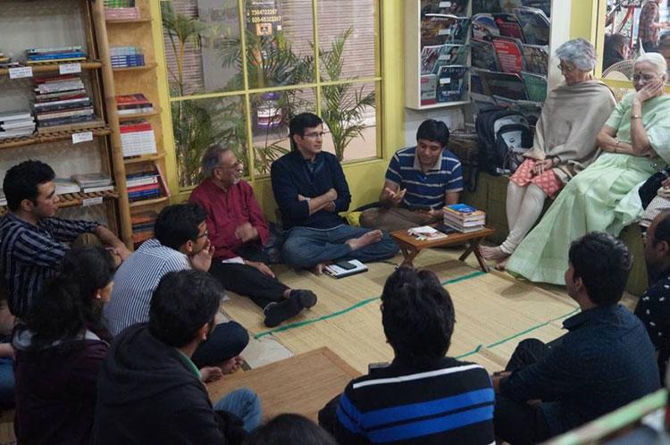 A Shavita session in progress