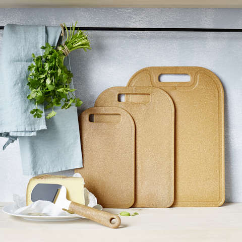 These gorgeous and highly sustainable cutting boards from Orthex are 98% bio-based made out of wood fibre and sugarcane!