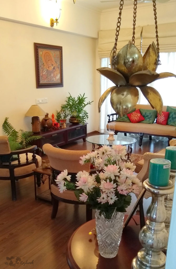 Jayashree Rajan's garden apartment tour on The Keybunch: living room