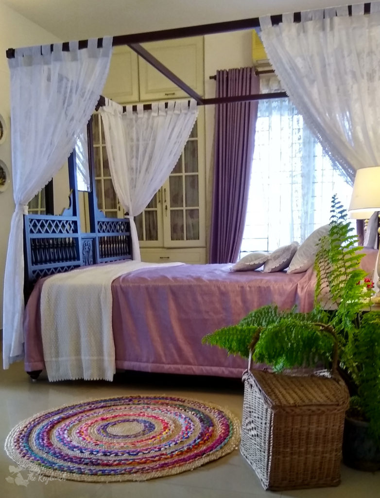 Jayashree Rajan's garden apartment tour on The Keybunch: bedroom