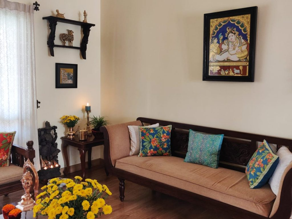 brass and other decor accessories at the living room
