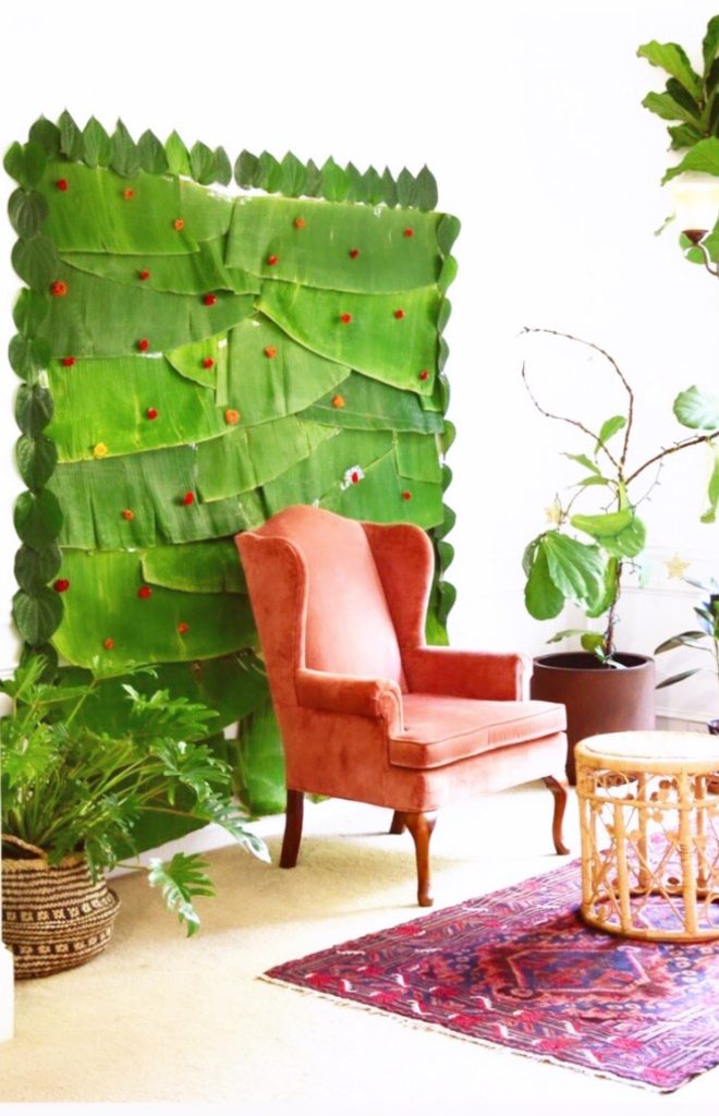 The banana leaf backdrop that Saranya's created for an ecofriendly event at home