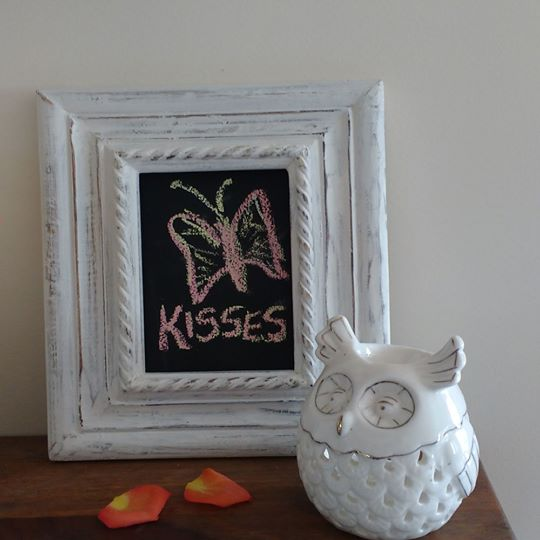 White Rectangular 4*6 Frame with Chalkboard