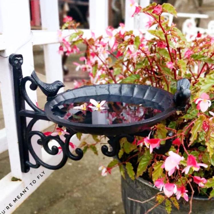 Buy this beautiful vintage cast iron bird feeder for garden decor  | Thekeybunch decor product