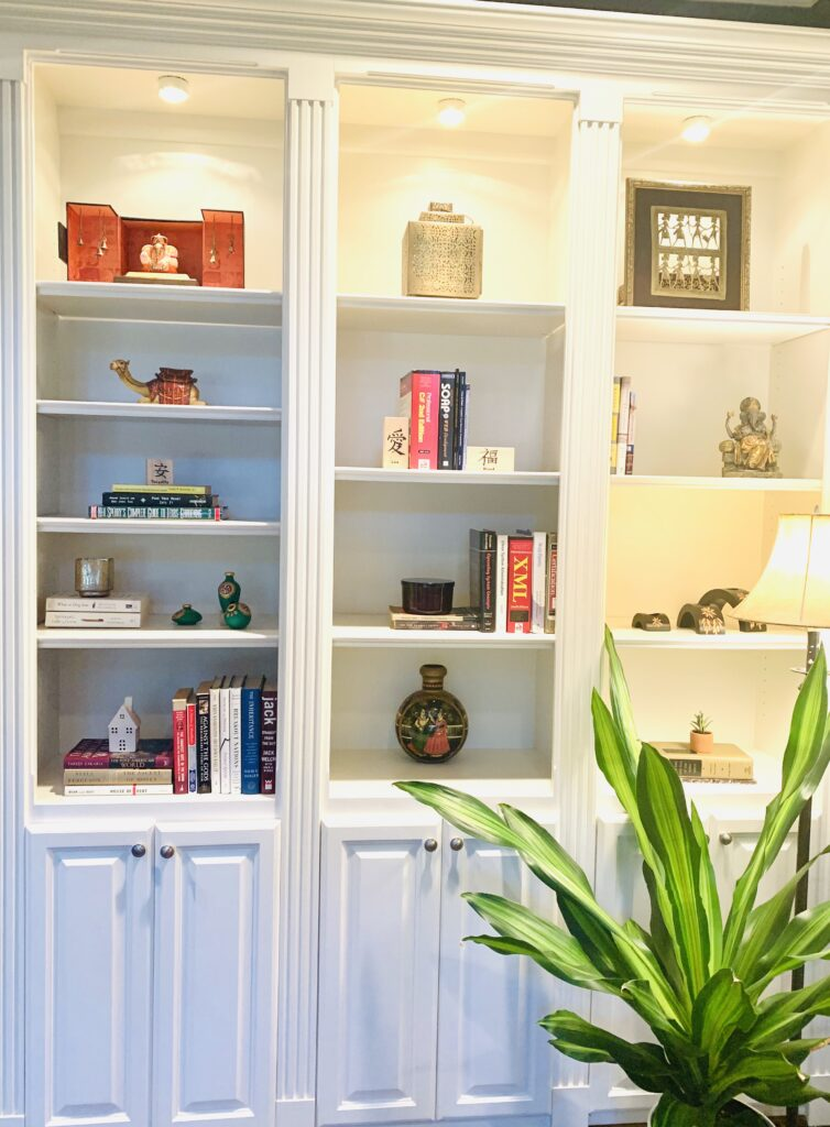 Reading nook decoration | Ruma's Indian Home in Texas | theKeybunch decor blog