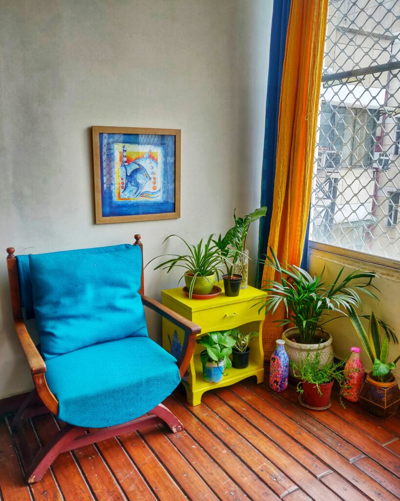 Unique decorating style is strewn generously with personal touches, mixed and varied | Dharitri home tour | thekeybunch decor