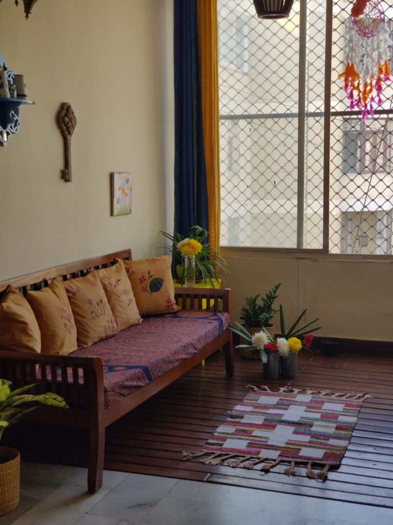 Add vintage charm to the corner space and lend a warm, cosy feel to the home | Dharitri home tour | thekeybunch decor