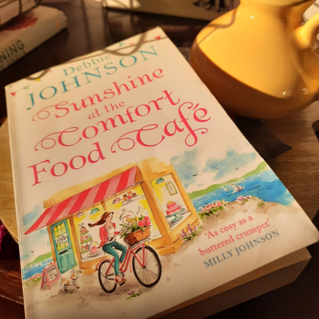 Book review: Sunshine at the Comfort Food Cafe by Debbie Johnson - Thekeybunch decor blog