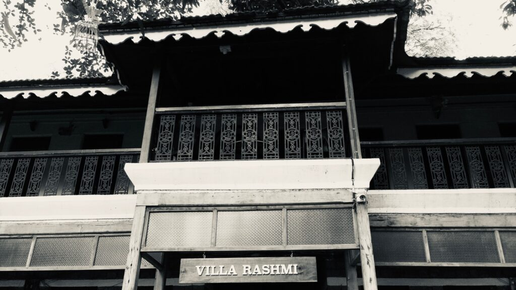 Villa Rashmi - A Heritage Gem in Mumbai   The cast iron grills running across the entire first floor of the villa  with Goddess Laxmi incorporated in the design   TheKeybunch decor blog