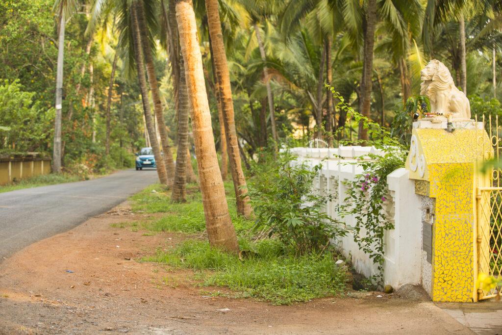 Betalbatim in Goa, India   Beautiful entrances to impeccably maintained villas   TheKeybunch decor blog