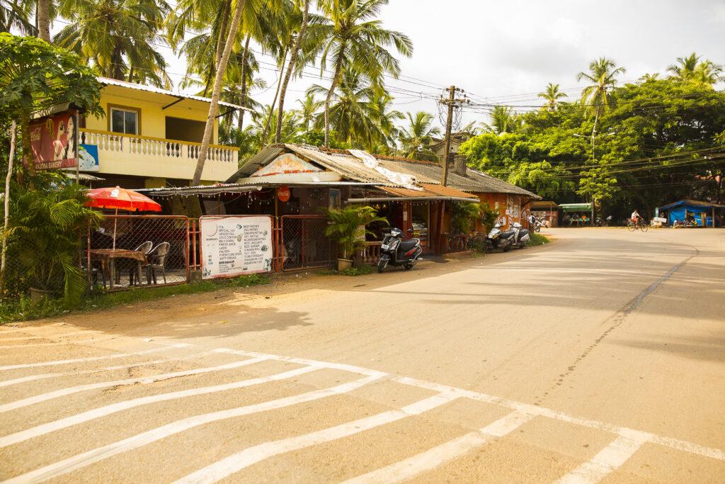 Betalbatim in Goa, India   The main road of Betalbatim where the church and Anjuna Bakery are located   TheKeybunch decor blog