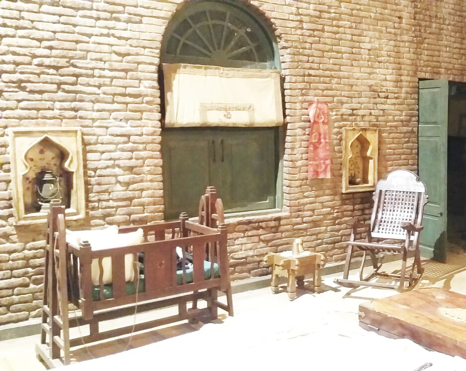Lahore house in the movie Sardar Ka Grandson   The beautiful insights on how the set developed