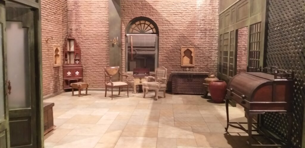 Lahore house in the movie Sardar Ka Grandson   The complete set of the Lahore House looked authentic