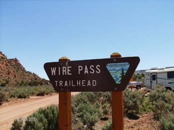 Wire Pass trailhead hiking tours