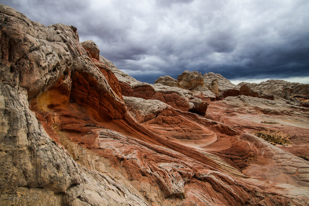 stormy sky photography at White Pocket