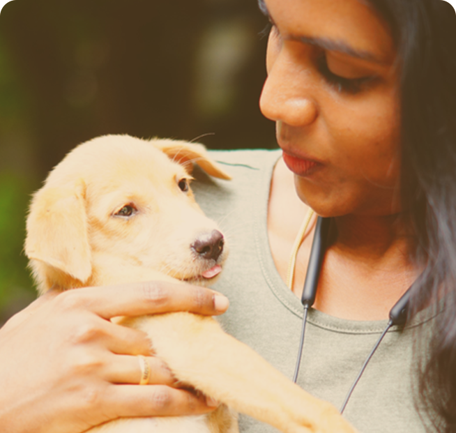 lady holding puppy