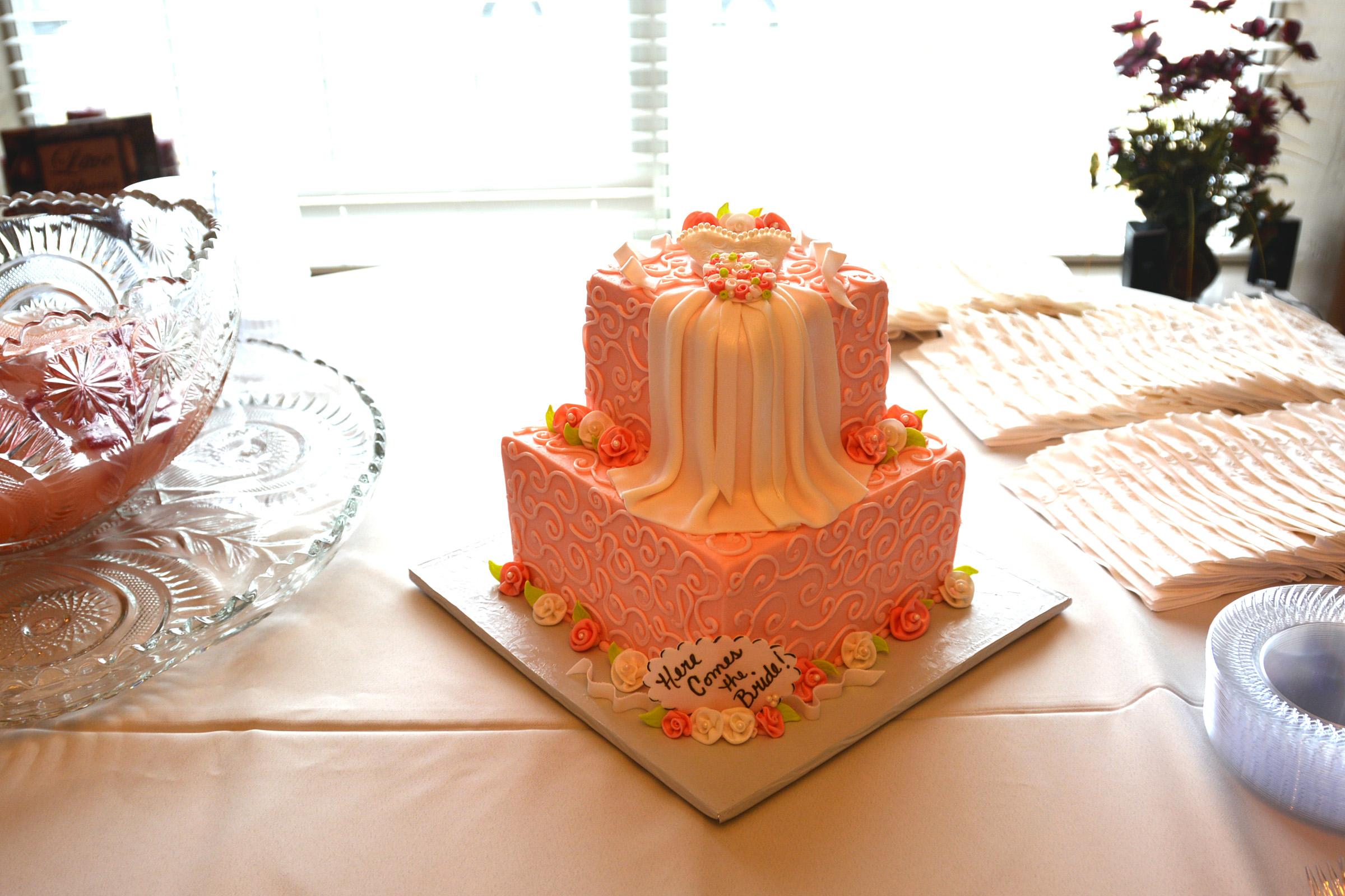 bridalshower cake