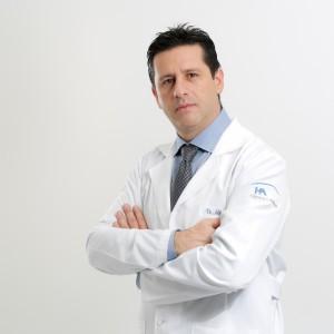 dr-adrian-martinez-herrera-proctologo
