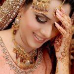 Asian Women Bridal Mehndi Designs For Weddings In 2015 7