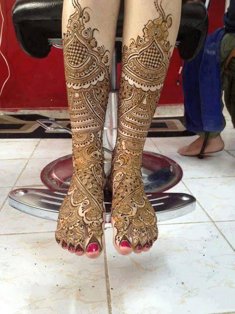henna designs on legs
