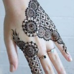 Eid Ul Azha Hand Mehndi Designs For Young Girsl 2015-16 7