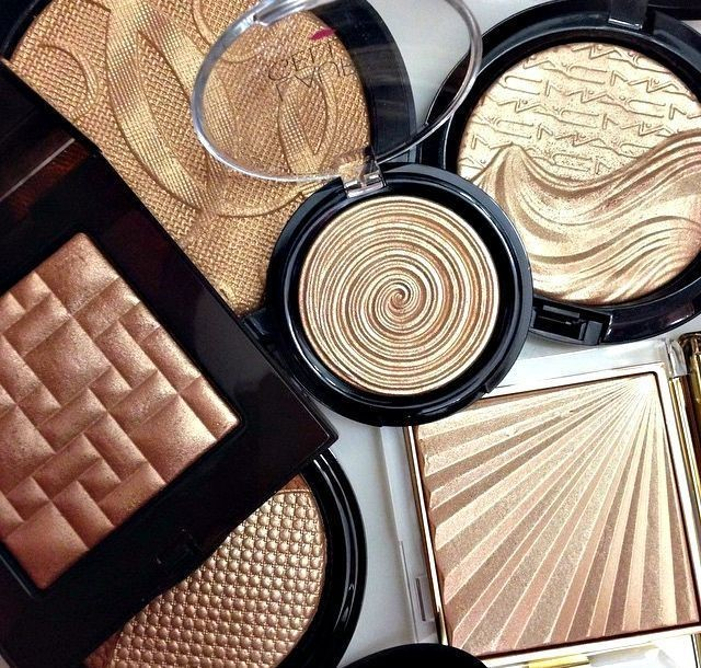 Must have highlighters to get perfect sun kissed look this summer