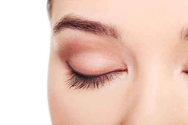 How to have thick eyelashes