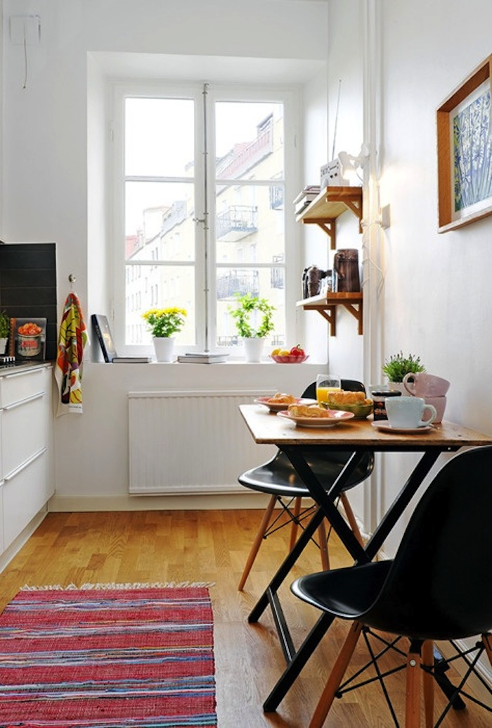 Small Space Breakfast Table