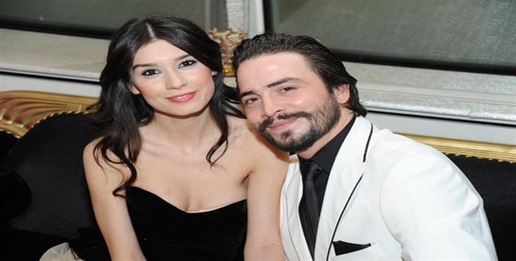 Ahmet Kural ve Burcu Kıratlı Nişanlandı