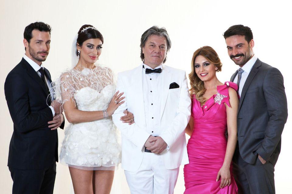 Usta oyuncu Kazım Akşar, Yağmurdan Kaçarken ile dönüyor