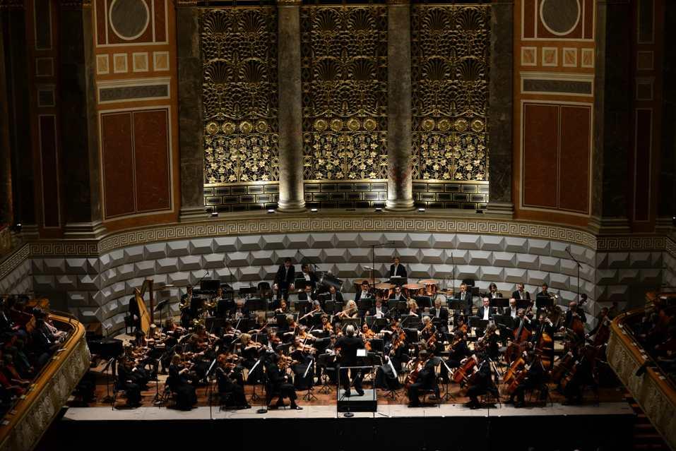 Deutsche-Philharmonie-Merck-Orkestrasi