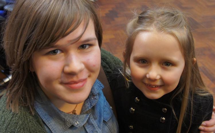 5 Yaşındaki Türk İngiltere Dizisinde Yıldız Oldu