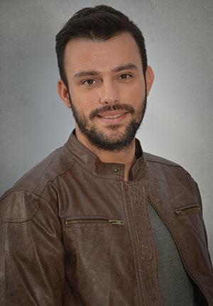 Salih Bademci (Akın Karatay)