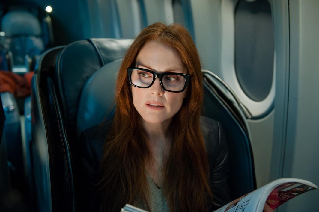 Non-Stop-film-movie-2014-liam-neeson-julianne-moore