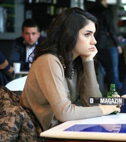 Medcezir Eylül Kazağı - Berenice