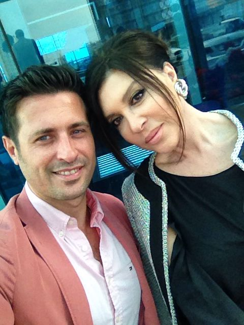 Yakışıklı oyuncu Serkan Kuru ile usta oyuncu Nebahat Çehre