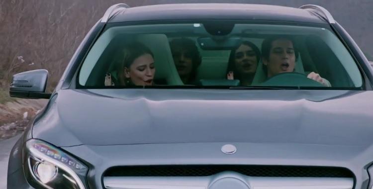 Medcezir Mira ve Yaman Arabada Söyledikleri Şarkı