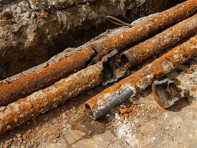 damaged cast iron pipes