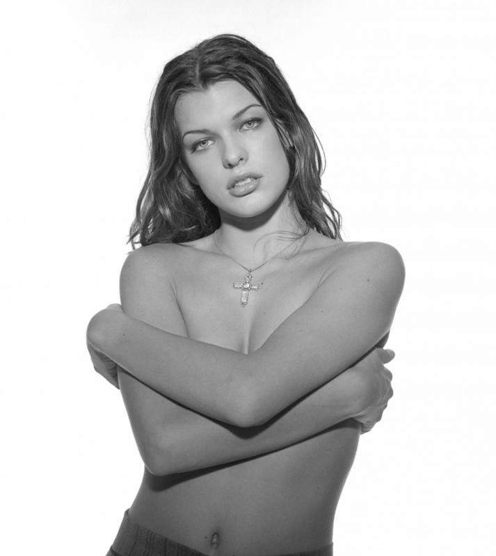 Milla Jovovich, 1993